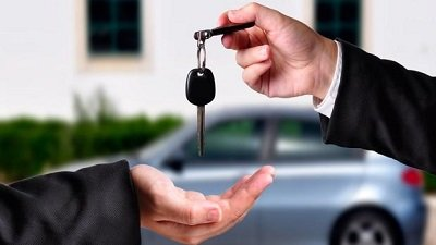 Infortunio de tráfico con vehículo prestado